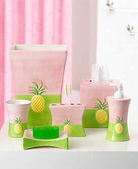 Lilly Pulitzer Pineapple Promenade Bath Accessories