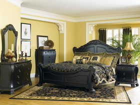Black Wood Elegant Bedroom Furniture Set