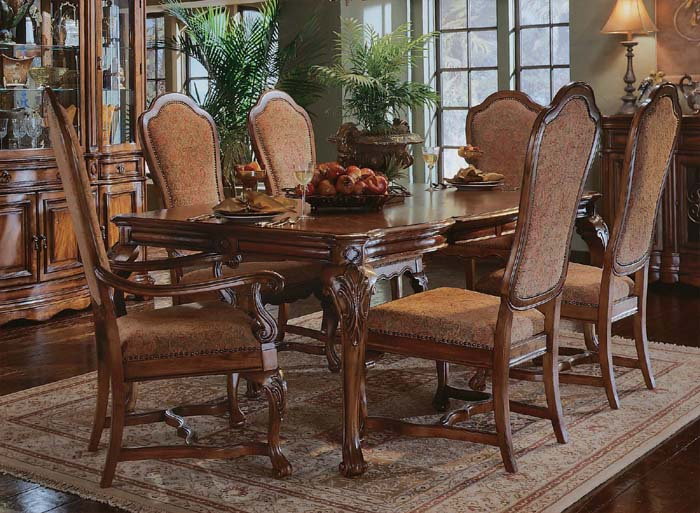 Casa Cristina Dining Room Furniture