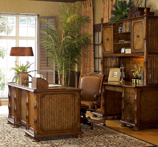 Office Furniture Looking Classic