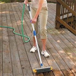 how to clean your deck with vinegar