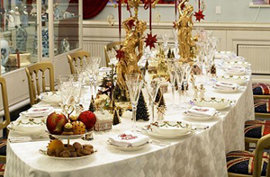 Christmas Table Decor1