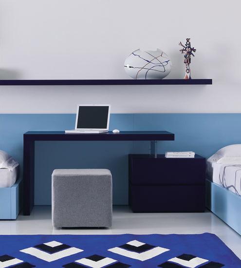 Compact Worrking Desk