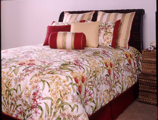 Lovely Transitional Cabana Bed Set Lovely Transitional Cabana Bed Set