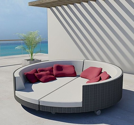 Freeline White Outdoor Lounger