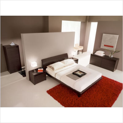 Bedroom Set with Queen Size Bed Bedroom Set with Queen Size Bed