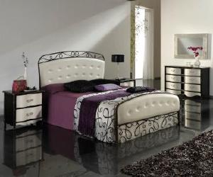 Larisa Contemporary Bed