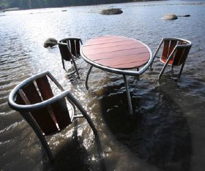 Calanc Exotic Wood Outdoor Set