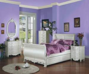 Classic Provencal Wood Full-Sized Bedroom Set