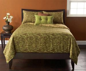 Round Trip Bedding Set