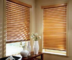 using a wooden blind at your home Using a Wooden Blind at Your Home
