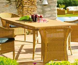 wicker dining table and chairs Wicker Dining Table and Chairs