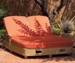 wicker double chaise lounges Wicker Double Chaise Lounge