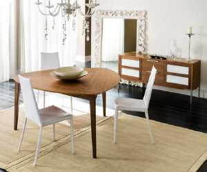 table3 Triangle Shaped Dining Table