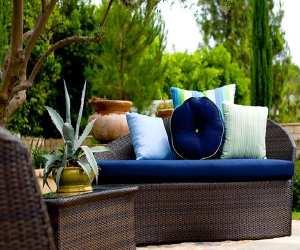 simple right lounge chair Simple Right Lounge Chair