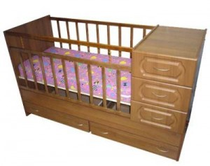 Wooden Furniture: Baby Cots