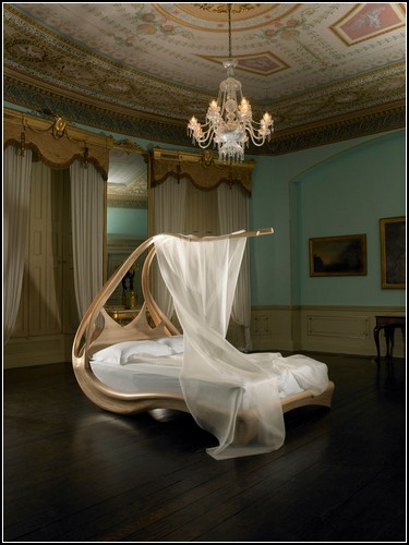 Enignum Canopy Bed From Joseph Walsh