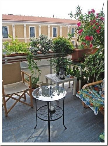 Urban gardens design for balcony and loggia for Garden loggia designs
