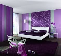 Purple wallpapers Purple wallpapers in the interior