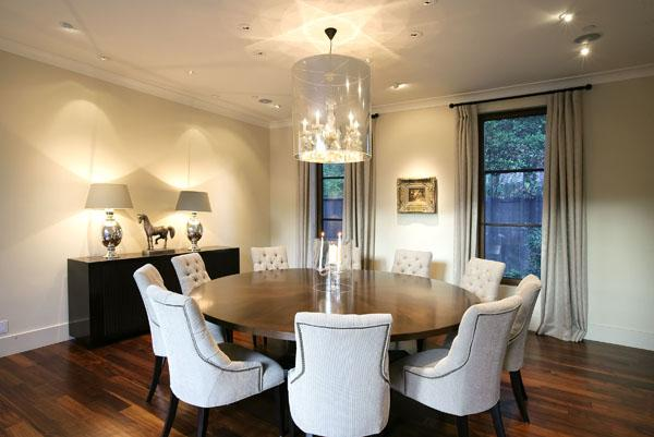 Round dining room table Beautiful round tables in interiors