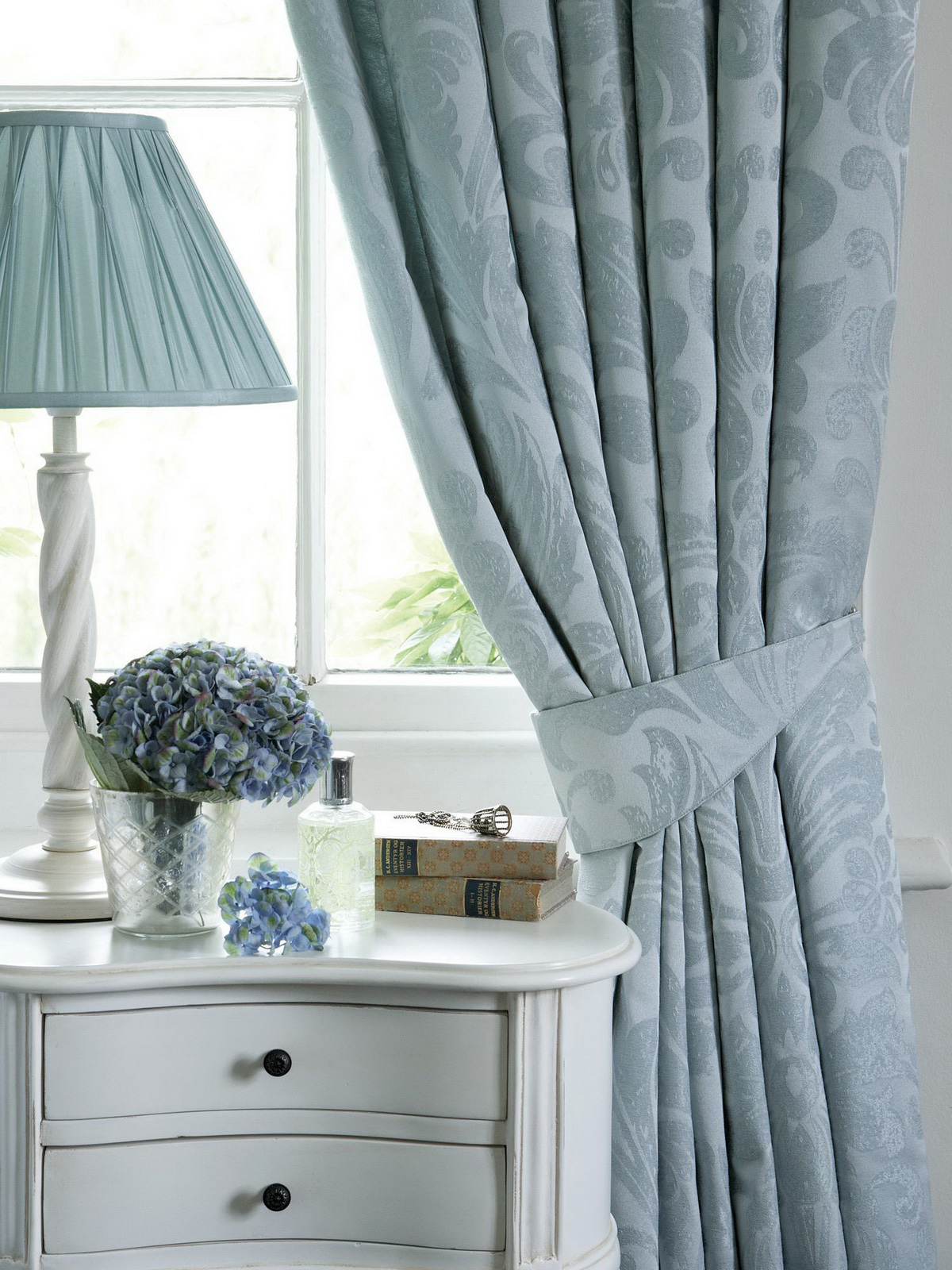 curtains damask design Curtains in the interior: Tips and ideas